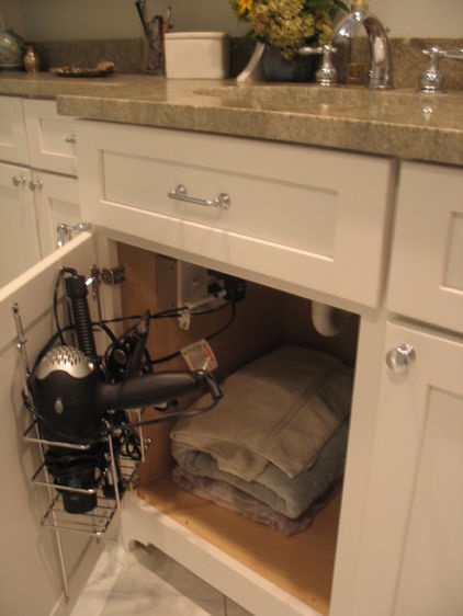 bathroom medicine cabinets with electrical outlet woodworking