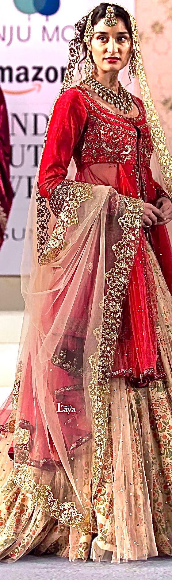 Anju Modi at Amazon India Couture Week 2015