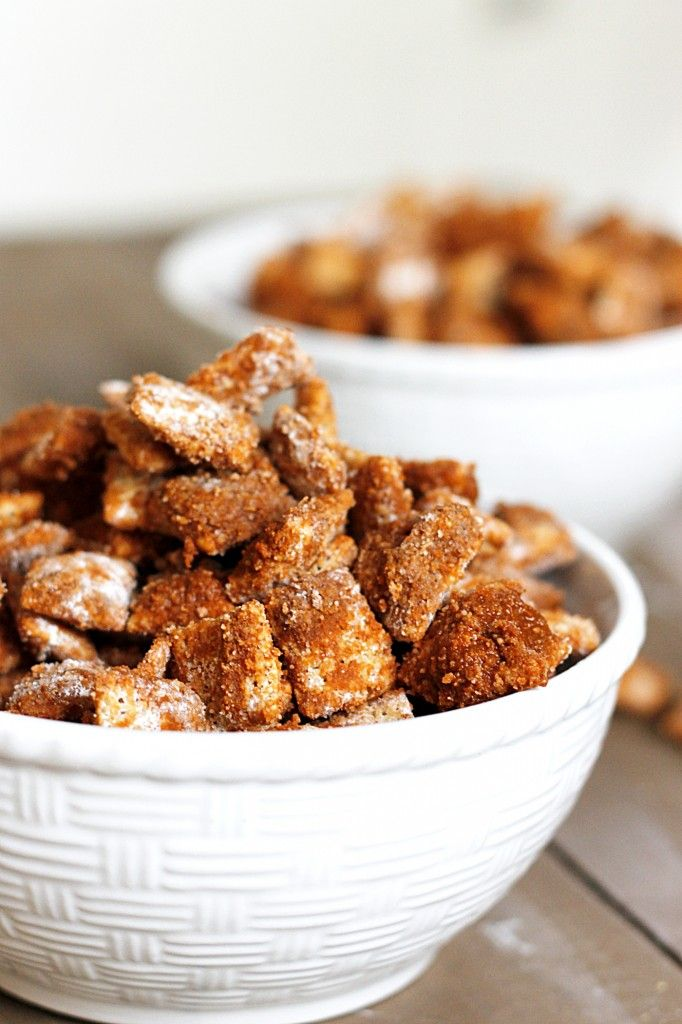 Cinnamon Muddy Buddies ~ you'll love this #glutenfree treat, it's like Cinnamon Toast Crunch
