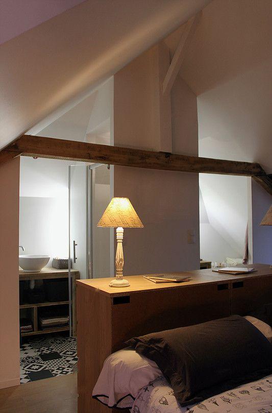 Suite parentale. Transformer grenier en chambre, combles aménagés, salle de bain dans chambre. Ronan Cooreman, Architecte d'intérieur Lille.