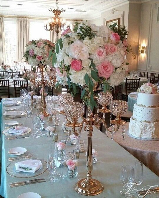 Blush colored wedding centerpiece by Flowers Time #white#pink#gold#golden#greenery#toronto