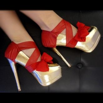 .Shoes, Chiffon Heels, Heels Condom, Christmas Presents, Red Pump, Bows, High Heels, Bright Colors, Red Leather