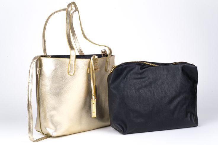 Diana Ferrari Duty bag in Soft Gold