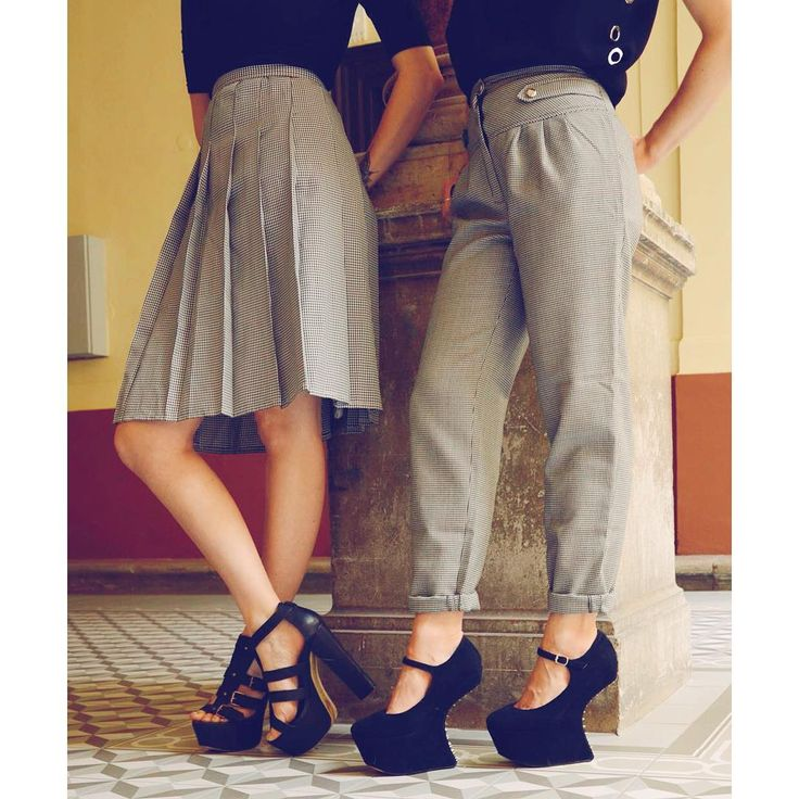 Working girls  unique vintage houndstooth pattern pleated skirt and trousers with platform high-heels shoes #szputnyikshop