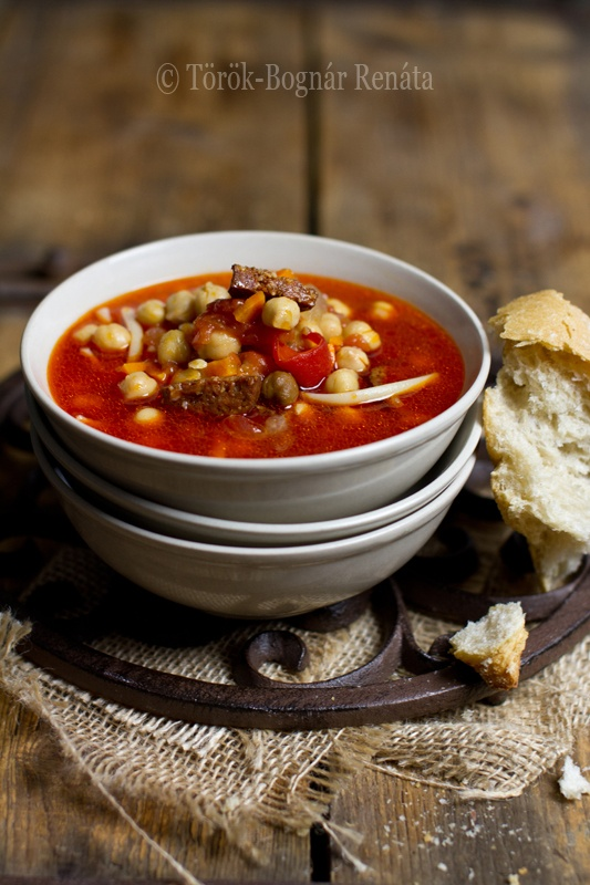 Tomato-chickpea soup