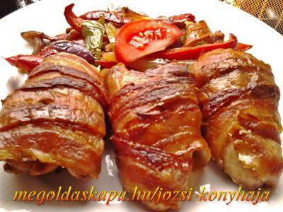 2.) Baconos csirkeszárnyak http://megoldaskapu.hu/csirkeszarny-receptek/baconos-csirkeszarnyak Baconos csirkeszárnyak | CSIRKESZÁRNY Receptek | Megoldáskapu