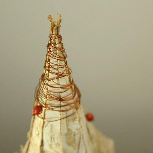 handmade Christmas decor made of natural materials by Gałecka Dekoracje - details