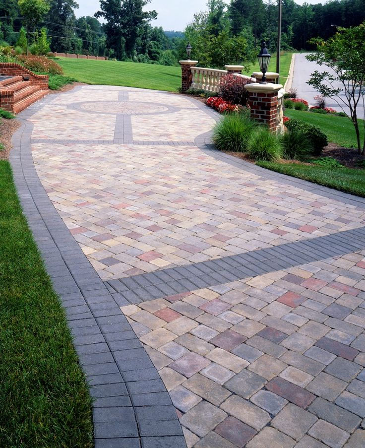 Paver banding design ideas for pavers landscape for Back patio design ideas