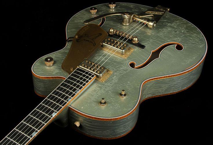 Gretsch Custom Shop Masterbuilt Stephen Stern '59 Falcon Heavy Relic Electric Guitar Inca Silver