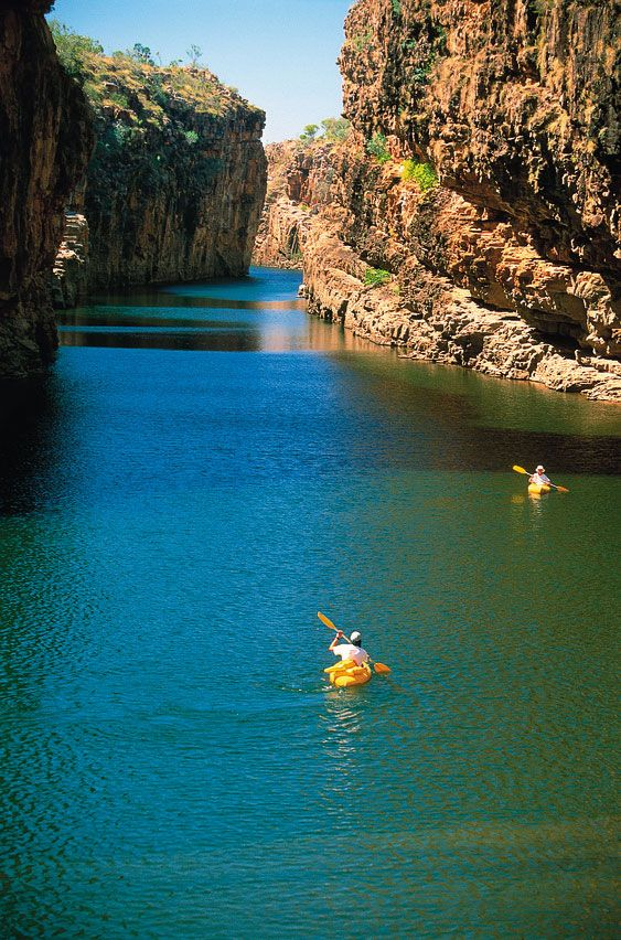 How to get to Katherine Gorge in Nitmiluk National Park from Darwin, Northern Territory Australia.