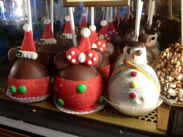 Holiday Caramel Apples at Disneyland. | Disneyland for ...