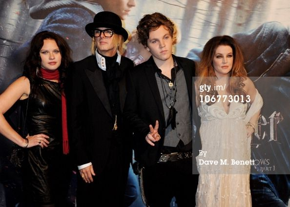 News Photo:  Michael Lockwood with stepson Ben Keough, stepdaughter Riley Keough and wife Lisa Marie Presley 2013…