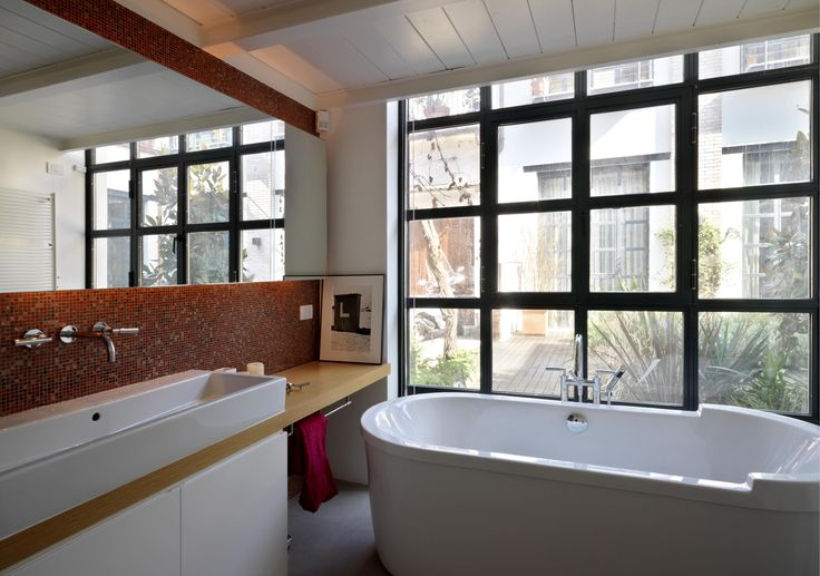 Fabio Azzolina architect - Loft - via Maiocchi - Milano mosaic bathroom with windows