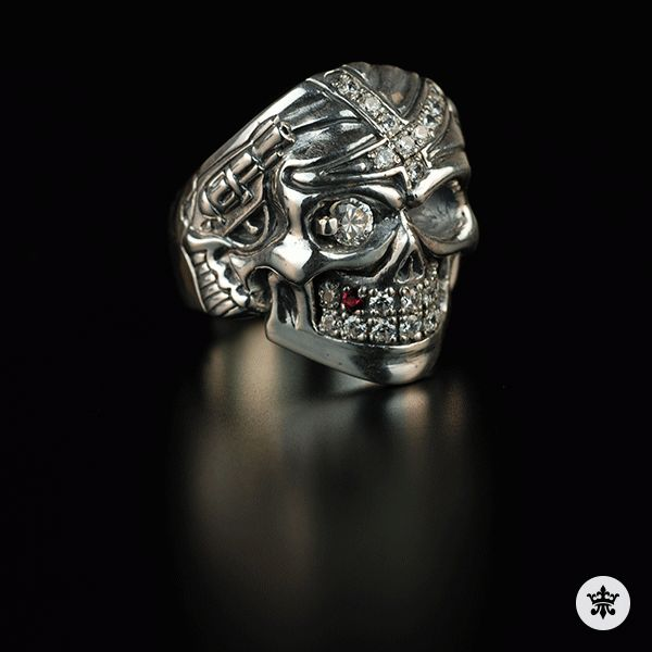 """Men's Sterling Silver Ring """"Easy Rider"""" / Devarose collection / More info contact on onyxdesignstudio.com"""