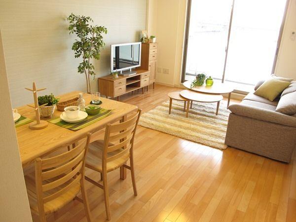 ナラ・タモ無垢材を使用した家具でナチュラルコーディネート事例をご紹介! の画像|家具なび ~きっと家具から始まる家づくり~