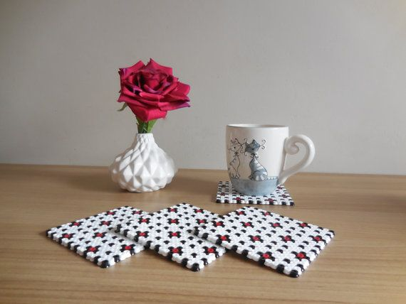 4 modern square drinking coasters Hama Beads Trending by TCAshop