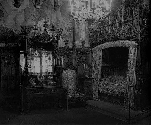 creepy bedroom is creepy. 20 best Goth style   my dream house   images on Pinterest
