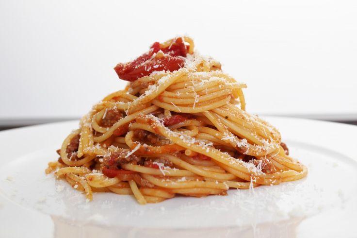Spaghetti Bolognese http://www.onekitchenblog.com/?p=923