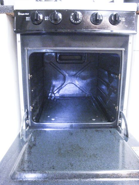 how to clean a very dirty oven naturally