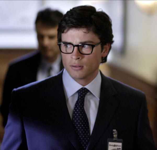 Tom Welling as Clark Kent = LOVE. He'll always be Superman for me.