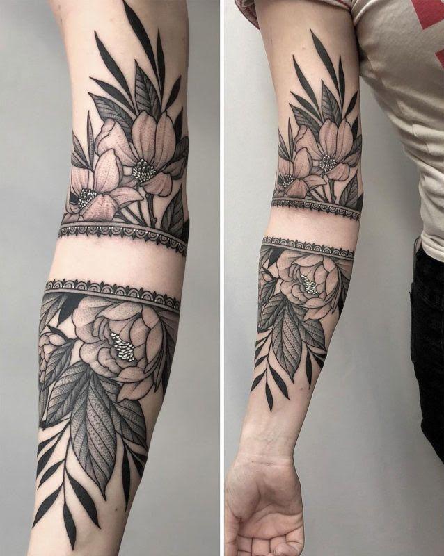 Decorative Flowers With Borders Half Sleeve Tattoos Designs Tattoos Tattoo Sleeve Designs