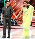 Emraan Hashmi promotes Raja Natwarlal on Jhalak Dikhla Ja.... For more visit: http://www.bollyvision.in/