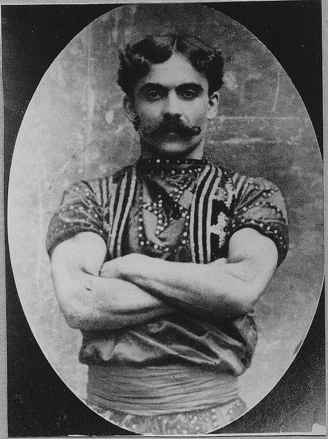"""Ameen A. Hamad  detto  """"Jack il gigante assassino""""  uomo forzuto del circo di Buffalo Bill  1900"""