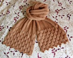 (free pattern)  http://www.ravelry.com/patterns/library/summer-stream-scarf