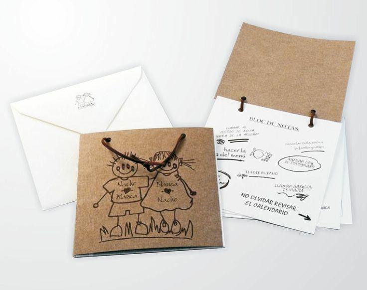 BLOCK DE NOTAS (Invitación personalizable)  Incluye: 1 Librillo a blanco y negro en cartón con ilustración y 1 Sobre