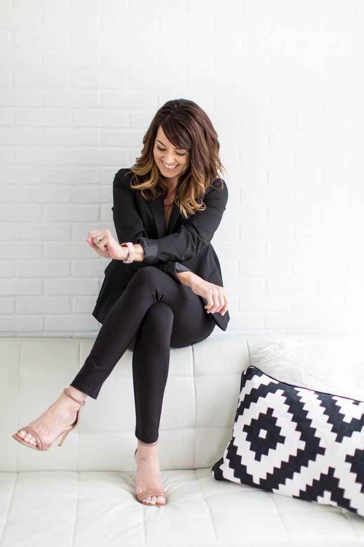 Girlboss Professional Makeup Look: Best 25+ Professional Headshots Women Ideas On Pinterest
