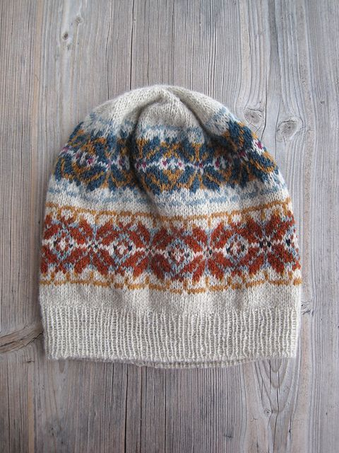 Ravelry: Project Gallery for Green Memories pattern by La Maison Rililie