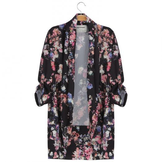 Chill kimono for the chilly nights  #tshirt #funny #cute #festivaloutfit #fun #fashion #forwomen #glostory #kimono #flowers #black
