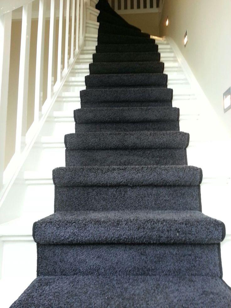 @belakoscarpets #tapijt gelegd als traploper