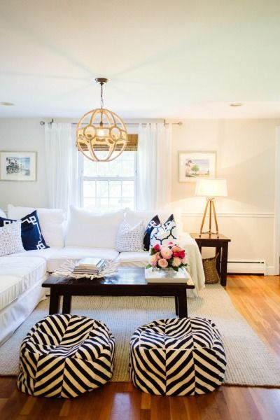 Living room perfection: http://www.stylemepretty.com/living/2015/01/05/abby-capalbo-seaside-home-tour/ | Photography: Leila Brewster - http://www.leilabrewsterphotography.com/