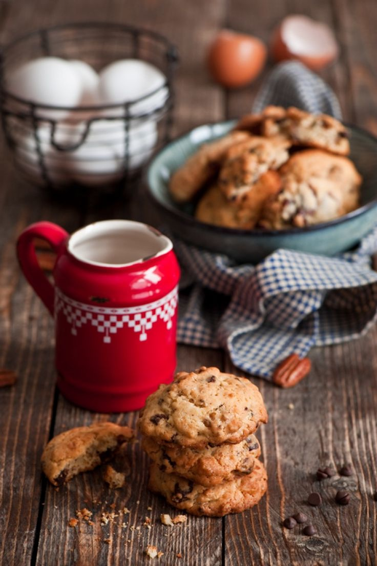 Cookies americani con noci pecan gocce di cioccolato, ricetta americana biscotti