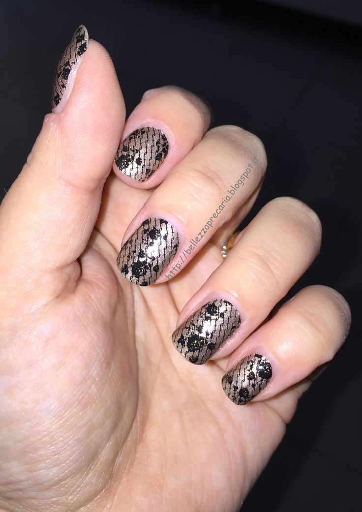 New post on my blog: NAIL PATCH BY SEPHORA... http://bellezzaprecaria.blogspot.it/2015/08/nail-patch-by-sephora.html #sephora #bellezzaprecaria #smalto #unghie #nailpolish #nailart #shopping #naildesign