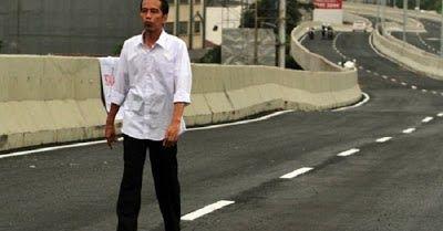 Kemacetan di Brebes, Presiden Jokowi menanggapi dengan berjanji akan menyelesaikan masalah kemacetan tersebut dalam 2 (dua) tahun