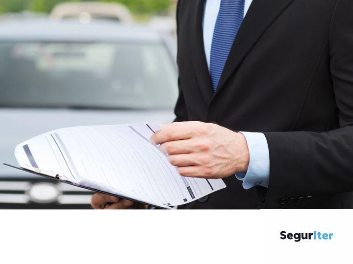 ¿Para qué sirve un seguro de auto? SEGUROS DE AUTOS EN CHIHUAHUA. Además de proteger  tu vehículo, el seguro para autos te protege a ti y a tus pasajeros contra choques, robo, daños y otros servicios, todo esto al igual que a terceros afectados en un accidente. Para obtener información sobre los seguros que podemos ofrecerte, en Seguriter te sugerimos ponerte en contacto con nuestros asesores al teléfono (614)433 34 38. #segurosdeautosenchihuahua