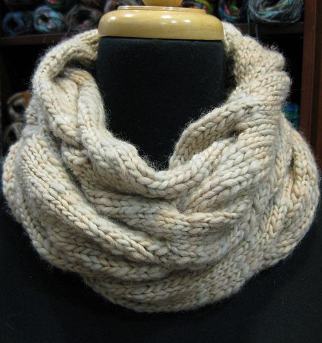 Knitting Different Yarn Weights : Free cable cowl pattern on ravelry instructions included
