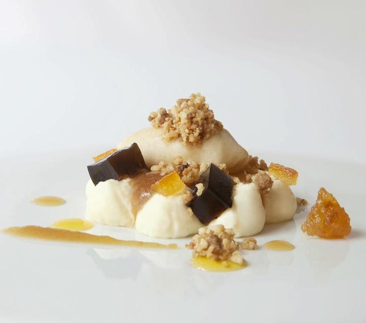 Crema catalana amb contrastos i gelat de poma escalivada. Restaurant Els Tinars. Cuina catalana i creativa. www.elstinars.com