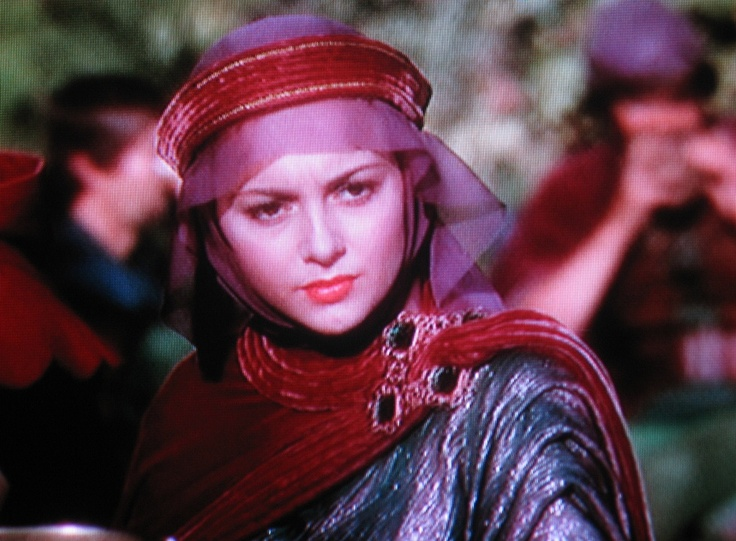 Maid Marian In The Adventures Of Robin Hood (1938) | Movie Costumes | Pinterest | Robins The O ...