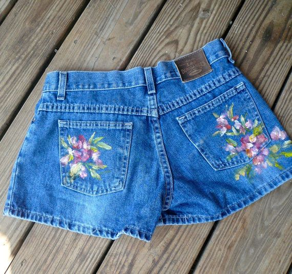52ff4630a3 Ladies Blue Jeans Handpainted Denim Short Shorts Handpainted Flowers by  VintageReinvented | Products in 2019 | Denim shorts, Painted shorts, ...