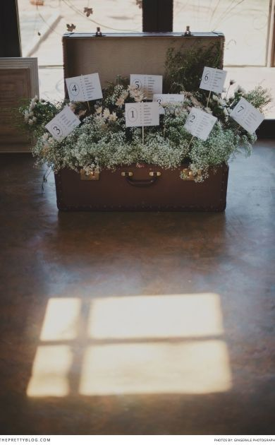 Creative seating charts | Photographers: GingerAle Photography