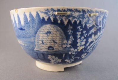 Beehive pattern bowl, c. 1820  If you're not already familiar with Andrew Baseman's blog The Art of Imperfect Repair, it's wonderful!