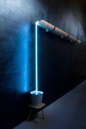 lampara caida agua
