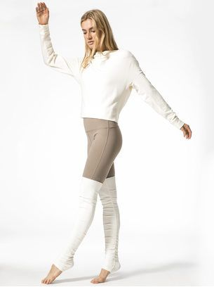 e6851e7cdc ALO YOGA High-Waist Goddess Legging Gravel/Pristine LEGGINGS | I ...