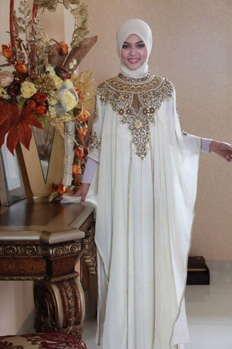 Moroccan white kaftan dress gold embroidery dubai Abaya Maxi caftan ...