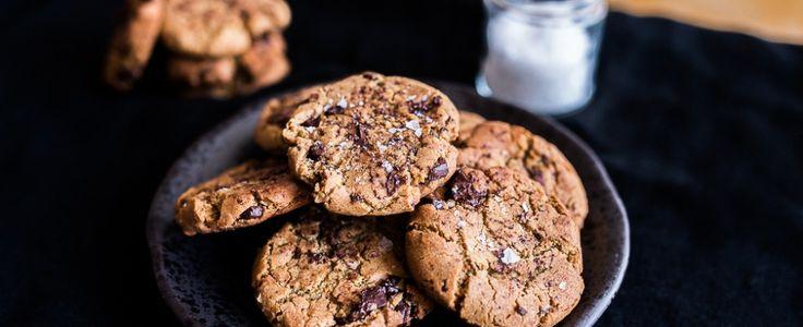 Chocolate chip cookies con burro d'arachidi