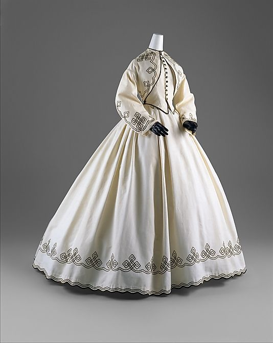 1862-64 promenade dress, American. Cotton. The Met, C.I.60.6.