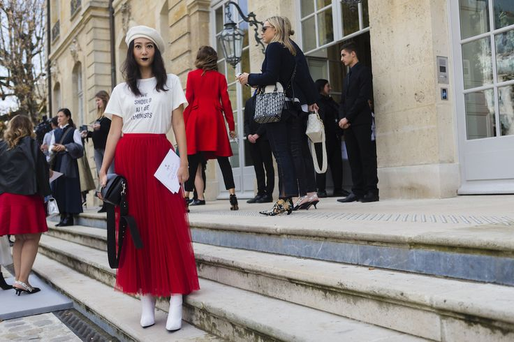 See the best street style from Paris Fashion Week.